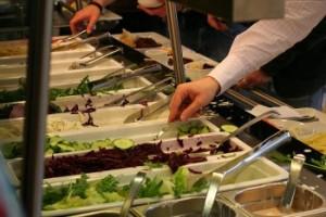 Essensausgabe bei Cisco zum BC FFM 2007 für rund 150 Teilnehmer